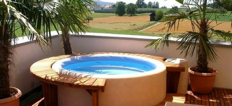Luxurious portable hot tubs reviewed